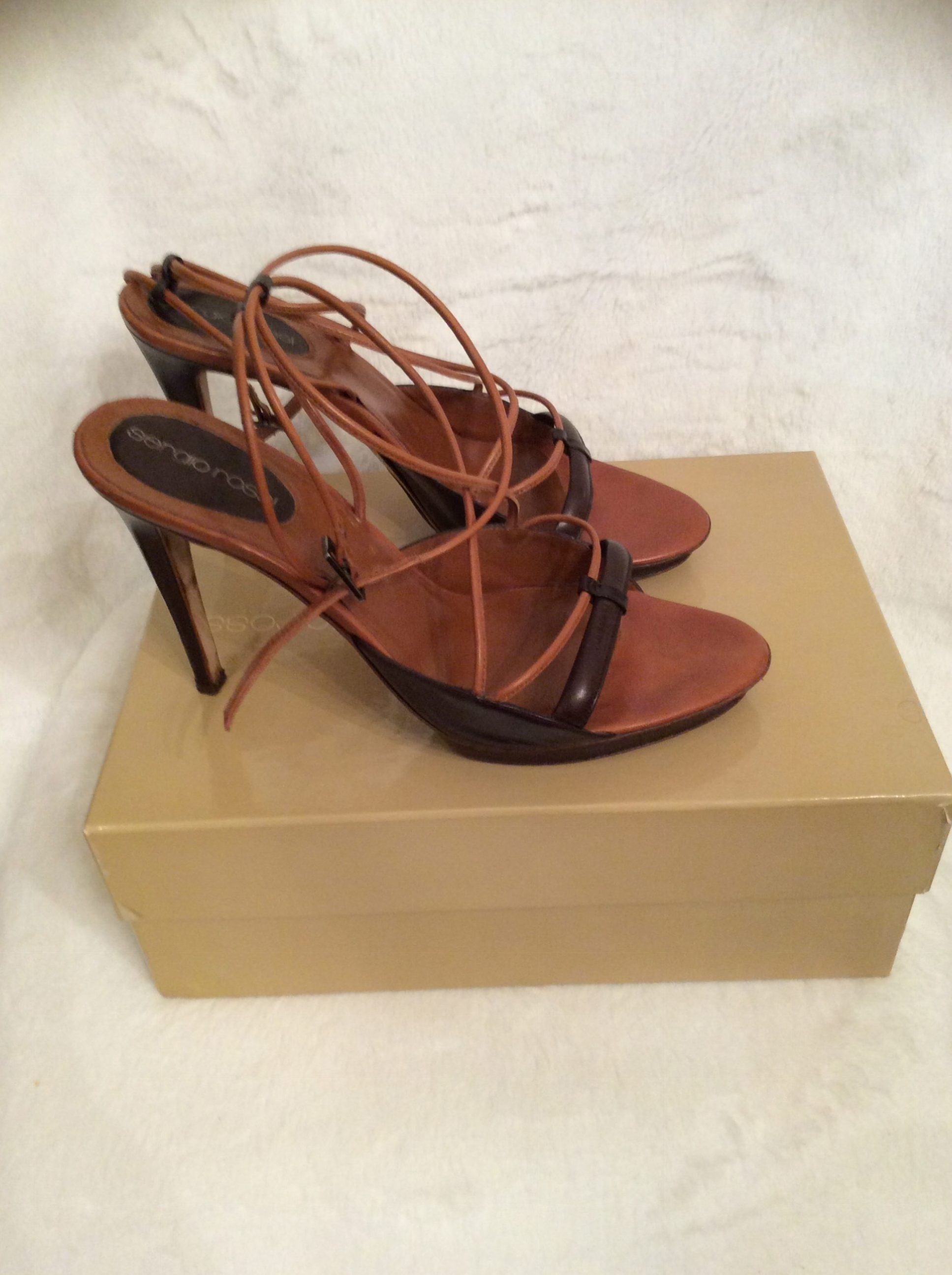 buy cheap high quality choice online Sergio Rossi Peep-Toe Leather Pumps how much cheap 6NkZ4o